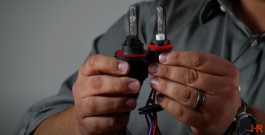 Single Beam Dual Beam Headlights Reflectors LED HID Bulbs Aftermarket Comparison